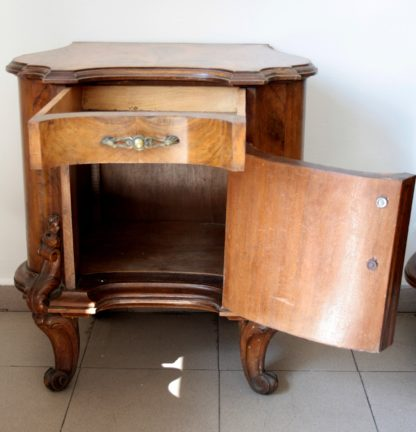 Couple of chippendale nightstands in walnut briar 1920