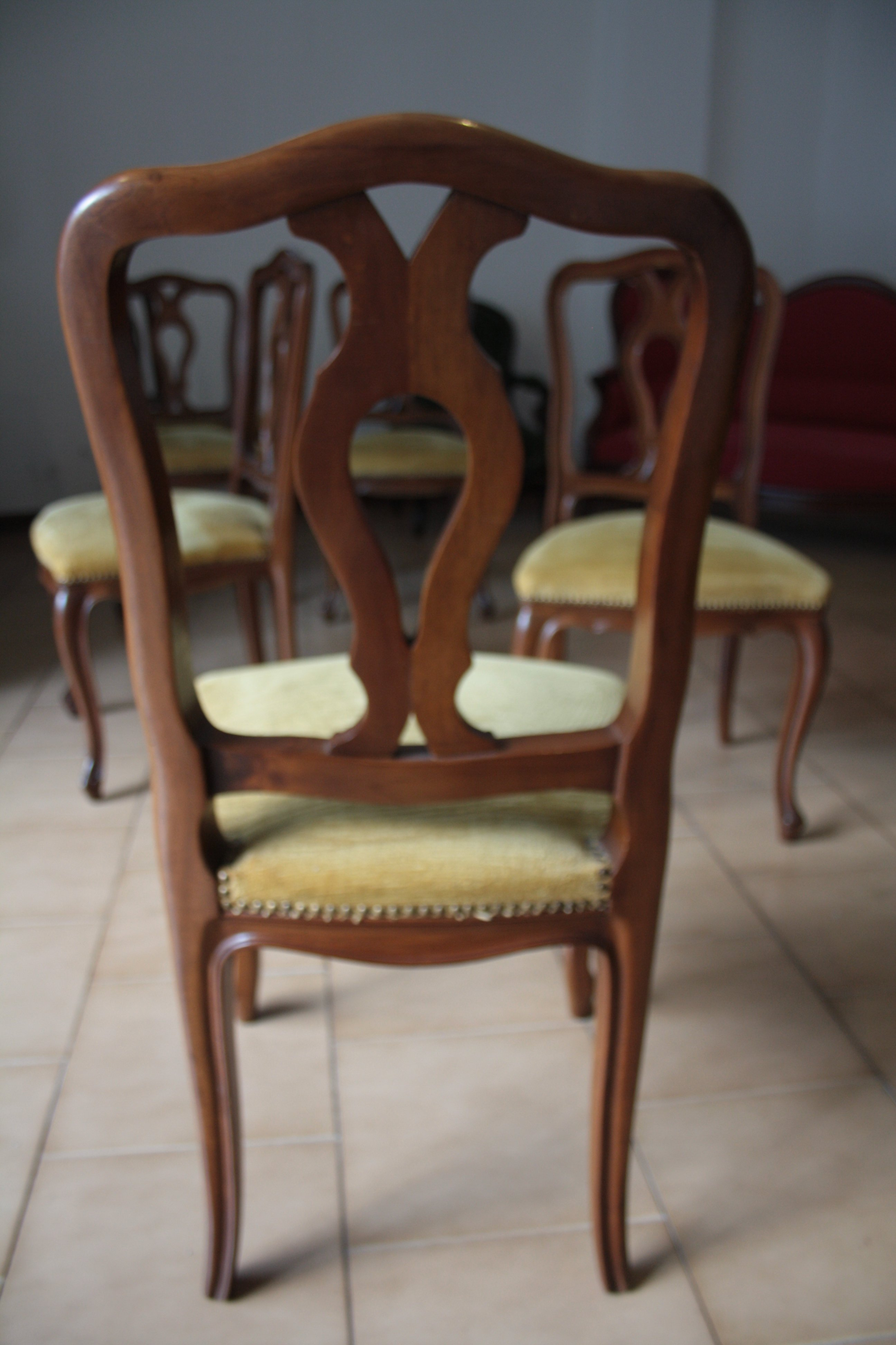 Sei sedie legno massello noce for Sedie in legno massello